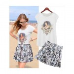 Printed Top and Floral Mini Skirt (Set)